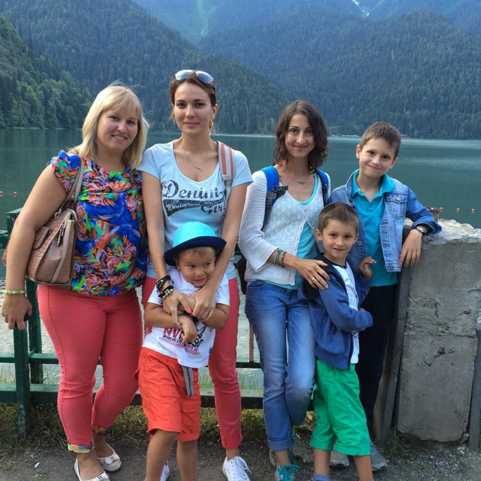 На озере Рица в Абхазии